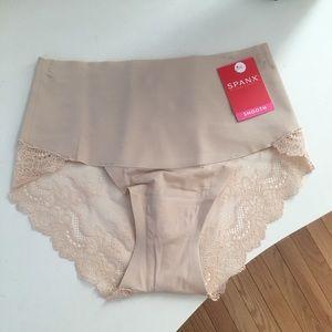 SPANX Undie-tetectable underwear